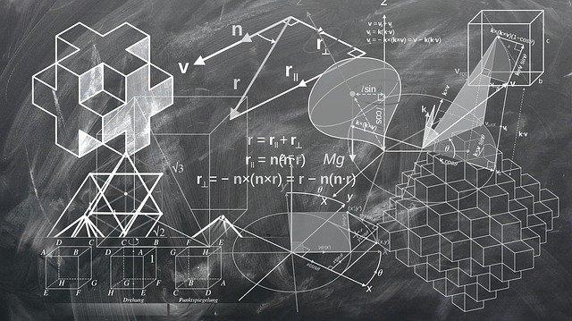 geometrie a matematika na tabuli