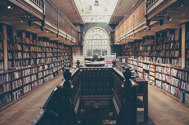 schody v knihovně