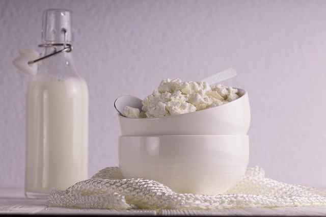 mléko s tvarohem